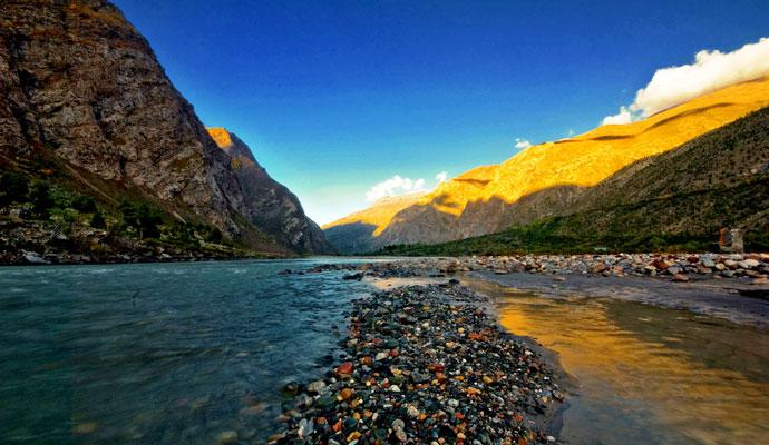 jispa bhaga river