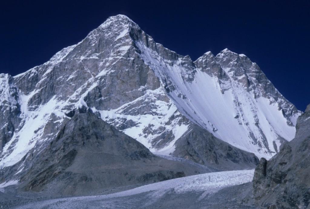 Mukut Parbat (7242 m)