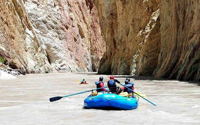 river rafting destinations India