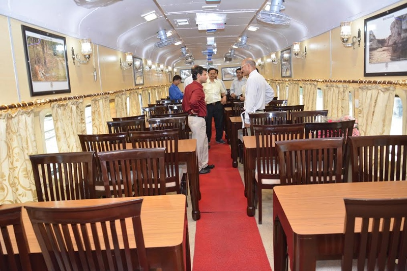 dinning car - Tiger Express