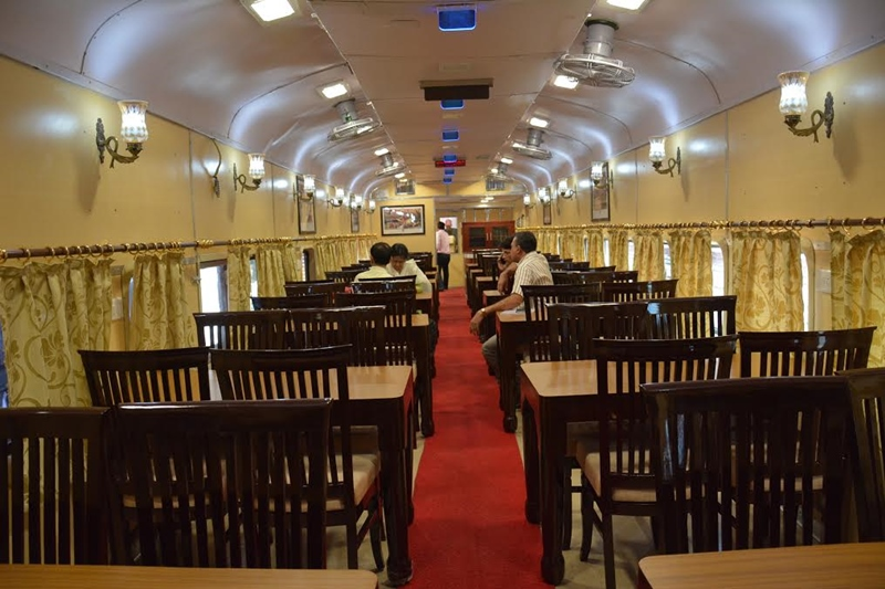 Tiger Express - Dinning Car
