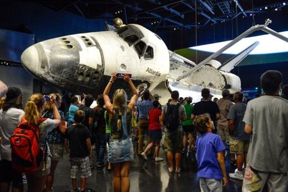 NASA tour for students