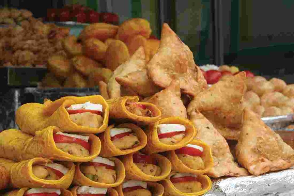 india fried food snacks