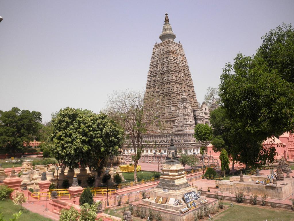 bodh gaya - Buddha tour