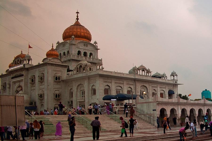An Evening at Gurudwara Shri Bangla Sahib
