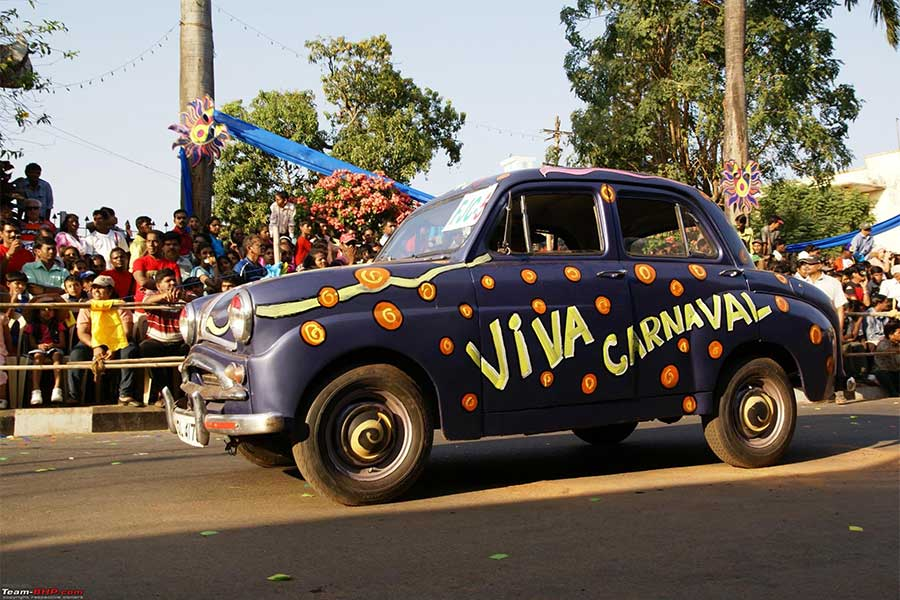 Designed car in Dance in Viva Carnival Goa