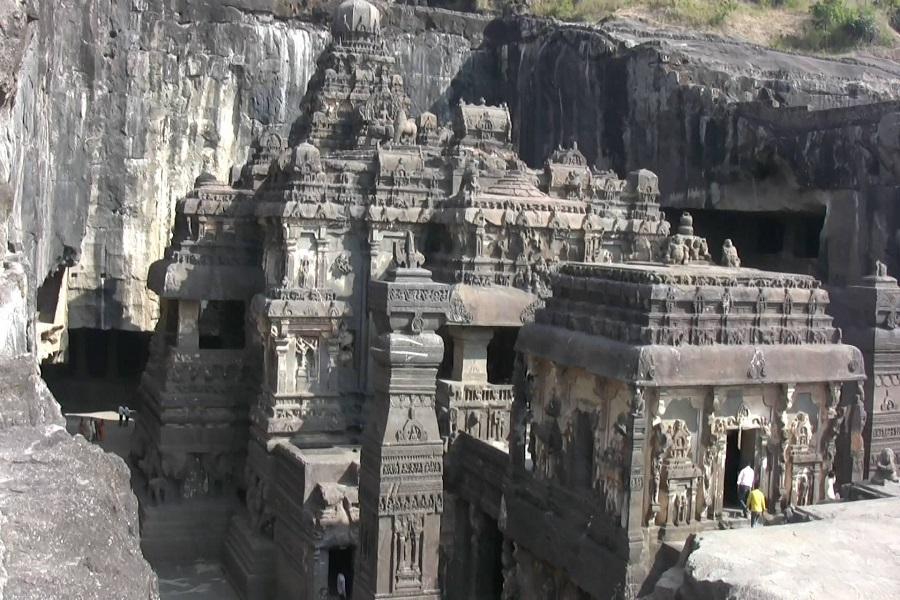 Ajanta, Ellora and Elephanta Cave Tour