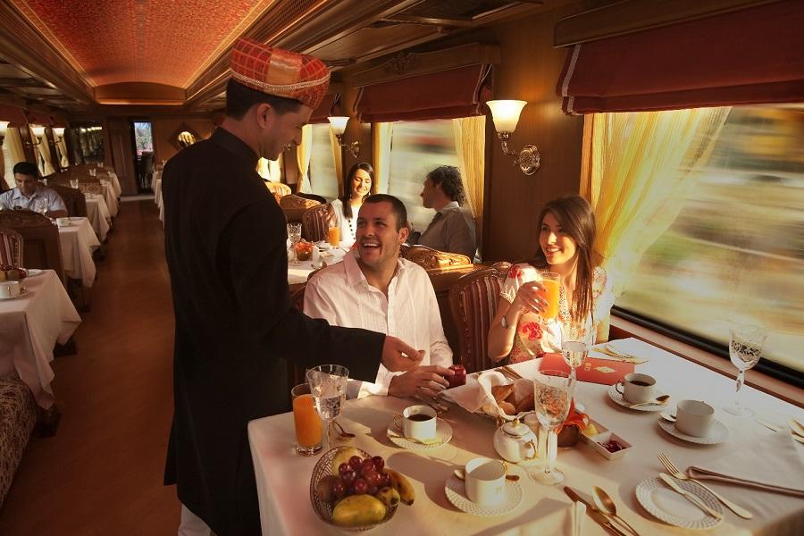 Breakfast onboard Maharajas Expres